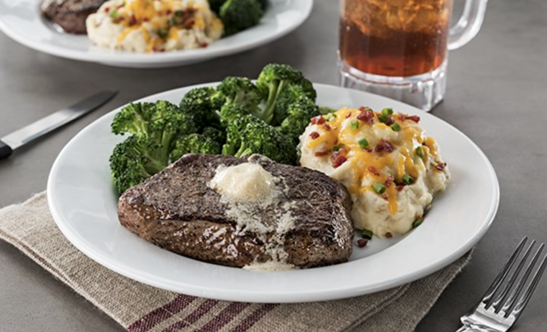steak-houses-in-orlando-area-chilis-loaded-mash